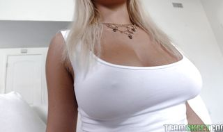 Alluring busty blonde Kylie Paige invited pal to join her