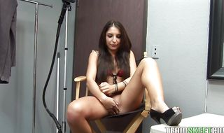 Amazing Giselle Leon gives nice fellatio before getting wet beaver nailed