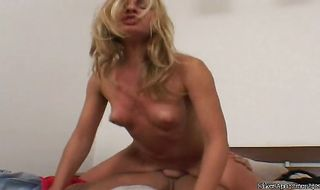 Marvelous darling Roxy Rocket is giving him a nice bj