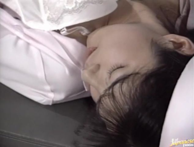 Naked Eri Ueno is sucking a mate's boner and listening to his moans